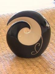 Rounded Koru (Black and White)